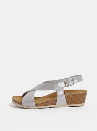 Sandále v striebornej farbe na plnom podpätku OJJU