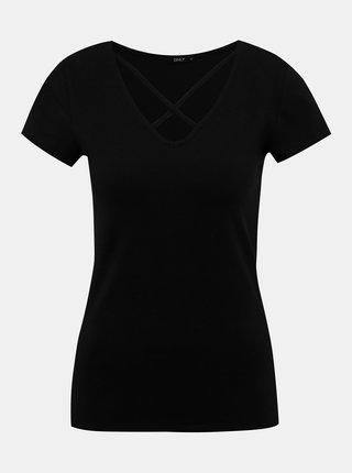 Černé tričko s pásky v dekoltu ONLY Live