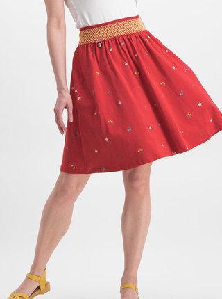 Červená sukňa s výšivkou Blutsgeschwister