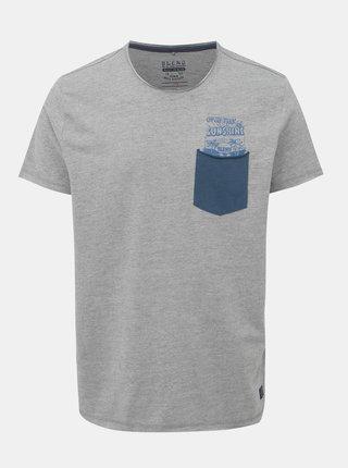 Šedé žíhané tričko s potiskem a kapsou Blend