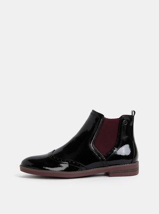 Čierne lesklé chelsea topánky Tamaris