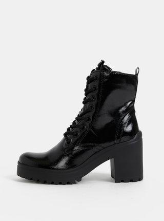 Čierne kotníkové topánky Tamaris