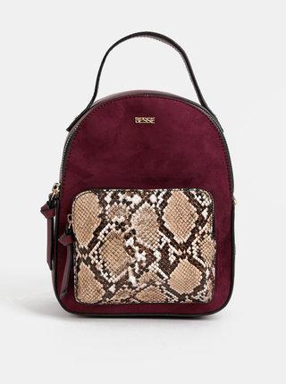 Vínový elegantní batoh s hadím vzorem a detaily v semišové úpravě Bessie London