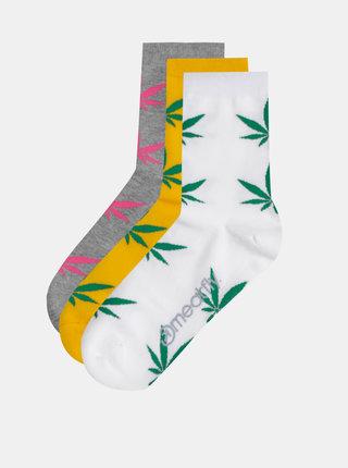 Sada troch párov ponožiek v bielej, žltej a šedej farbe Meatfly Ganja