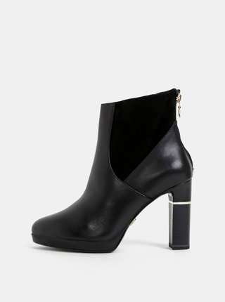 Černé kožené členkové topánky Tamaris