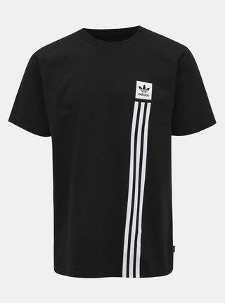 Černé pánské tričko s potiskem adidas CORE Pillar