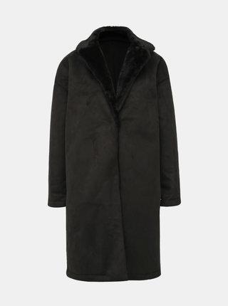 Čierny kabát v semišovej úprave Dorothy Perkins