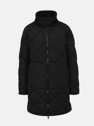 Černý prošívaný zimní kabát Noisy May Malcom