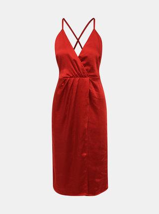 Červené šaty s odhaleným chrbtom VILA Setia