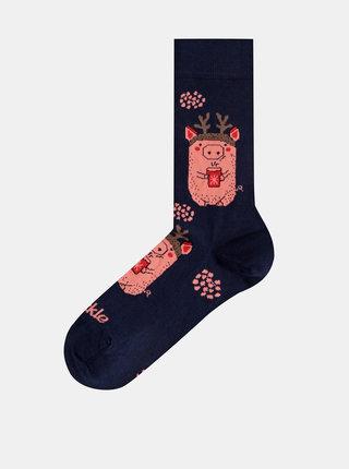 Tmavomodré vzorované ponožky Fusakle Prasiatko v zime