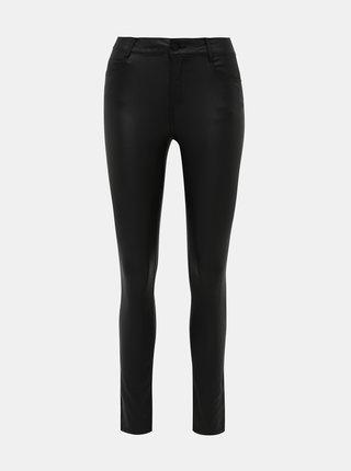 Čierne super slim fit nohavice s povrchovou úpravou VILA Commit