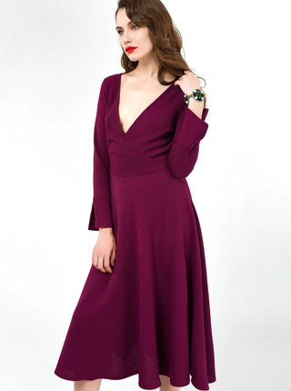 Vínové rebrované šaty Closet