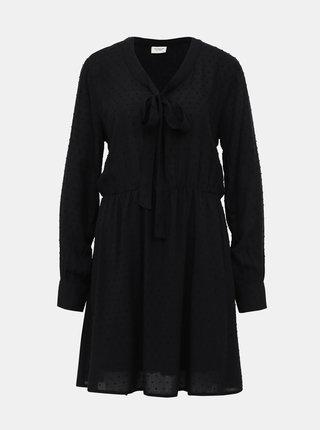 Čierne vzorované šaty Jacqueline de Yong Riise