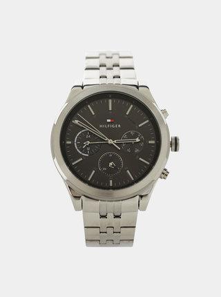 Pánské hodinky s nerezovým páskem ve stříbrné barvě Tommy Hilfiger