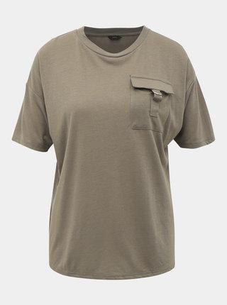 Khaki tričko s náprsní kapsou M&Co