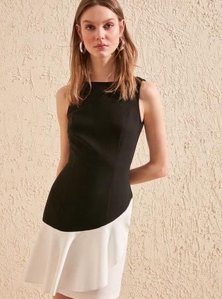Bielo-čierne šaty Trendyol