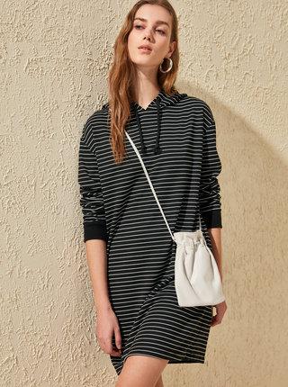 Bielo-čierne mikinové šaty Trendyol