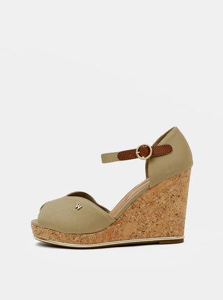 Béžové dámské sandálky na klínku Wrangler