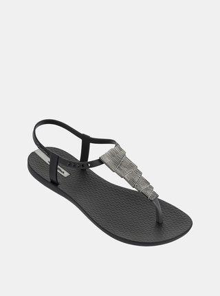 Černé sandály s ozdobou ve stříbrné barvě Ipanema Charm V