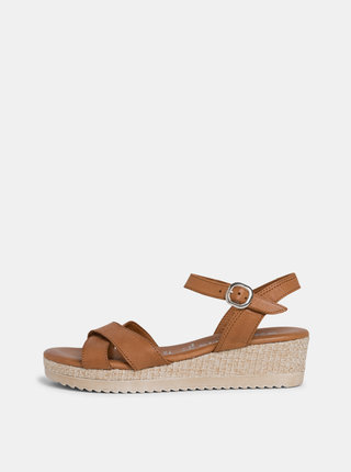 Hnedé sandálky na platforme Tamaris