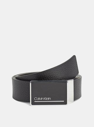 Sada dvou pánských kožených pásků v černé a tmavě modré barvě Calvin Klein Jeans
