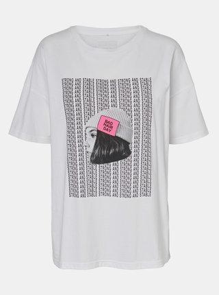 Bílé volné tričko s potiskem Noisy May Ida