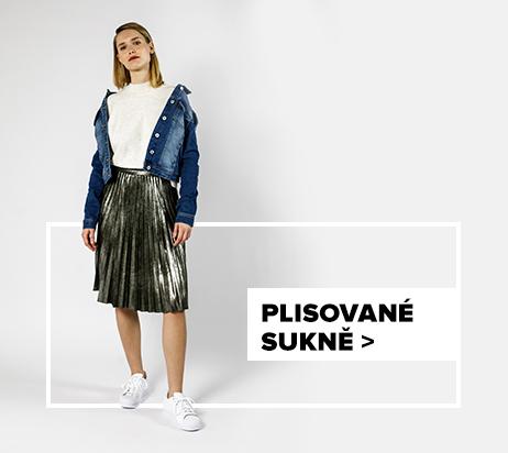 Plisovaná sukně - outfit na postavě