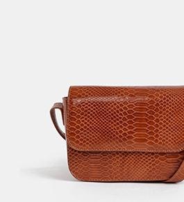 Kabelky, batohy, peněženky